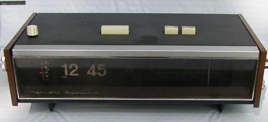 Vintage Flip Dial Clock Radio Digichron Iv Realistic Ebay